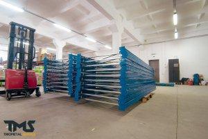 Переваги складських стелажів